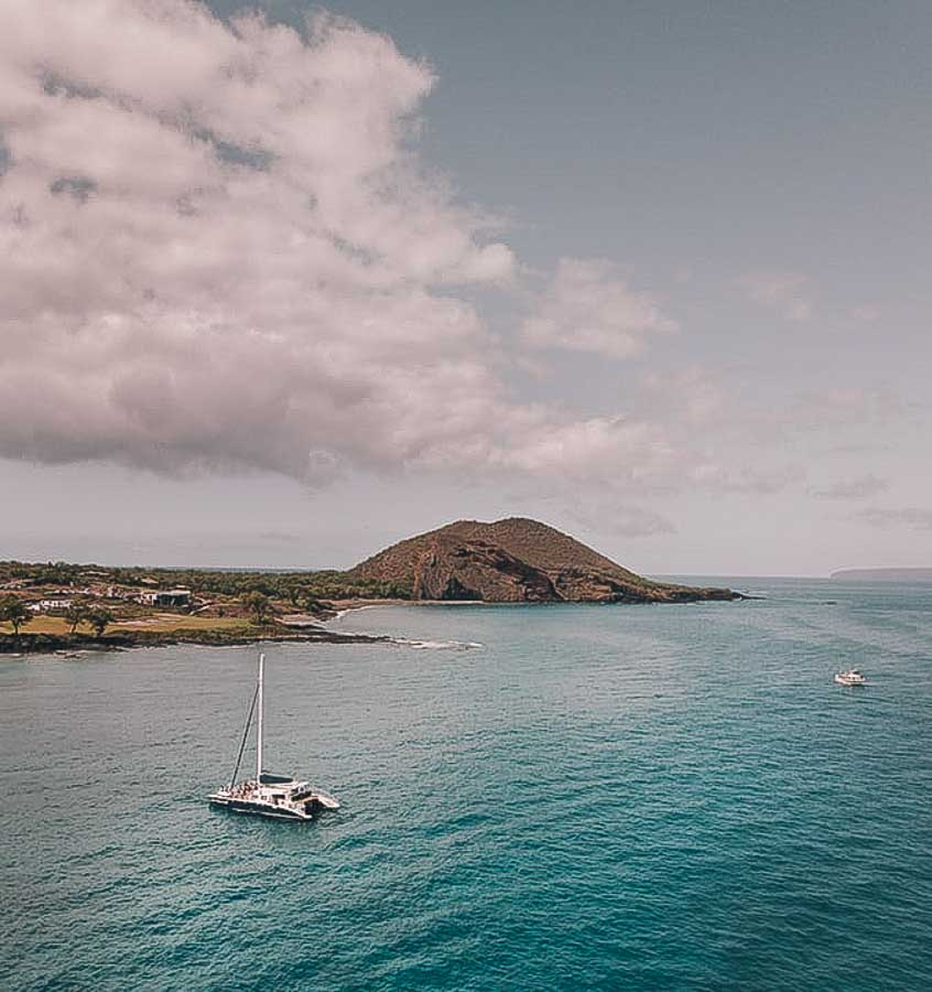 Sunset sailing and things to do in Maui