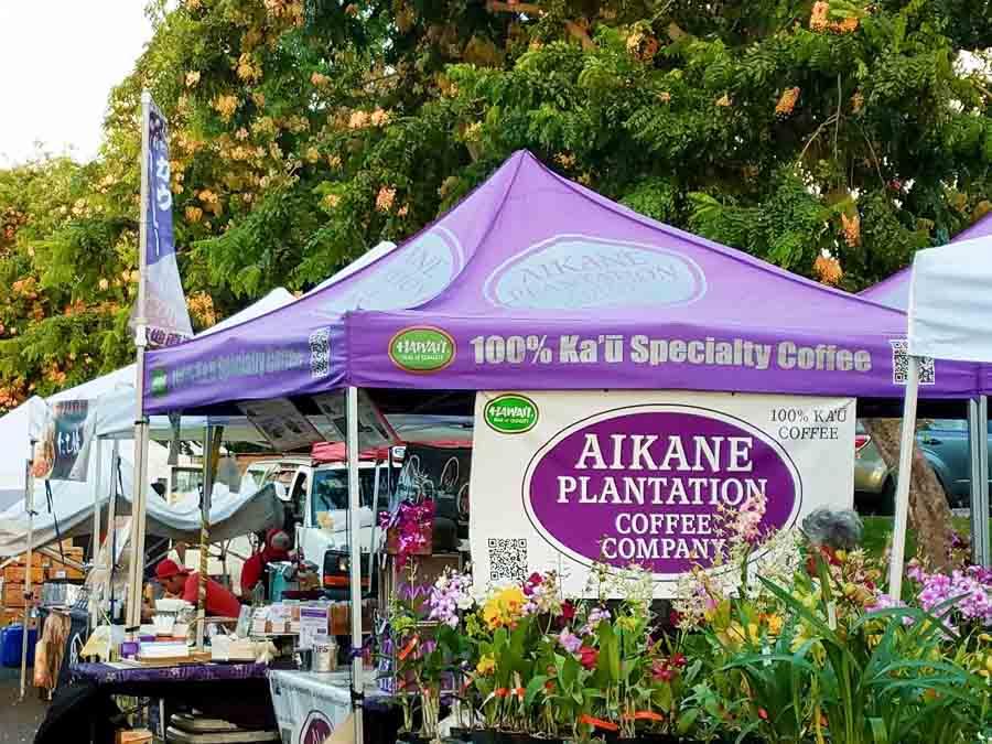 Visit a local Farmers markets in Waikiki