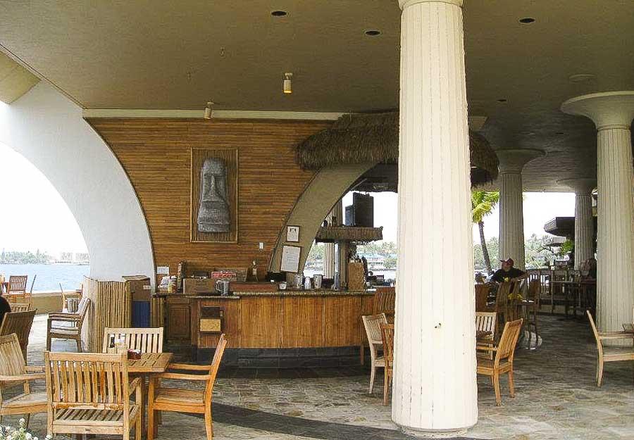 Tiki bar experience in Kona