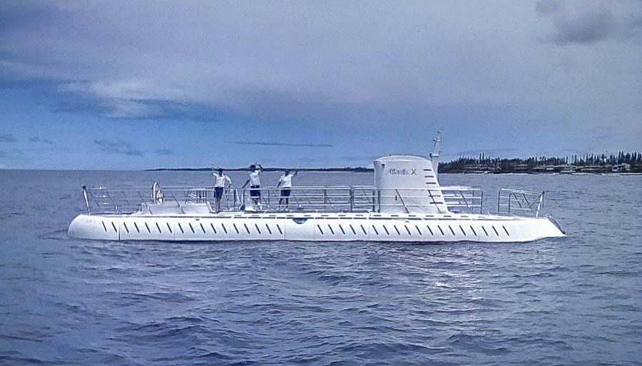 Kona-Atlantis submarine cruise