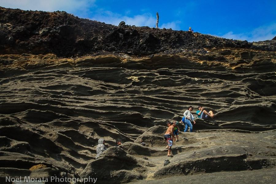 climbing down to Papakolea beach