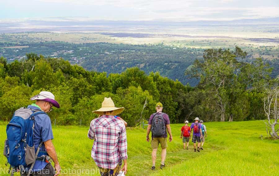 Hiking downhill from Pu'uwa'awa'a