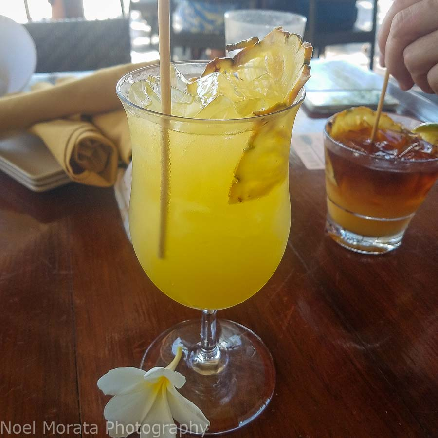 Hawaii travel guide and Happy hour on the island
