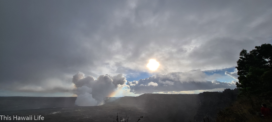 There are many viewing areas for volcano eruptions at Volcanoes national park