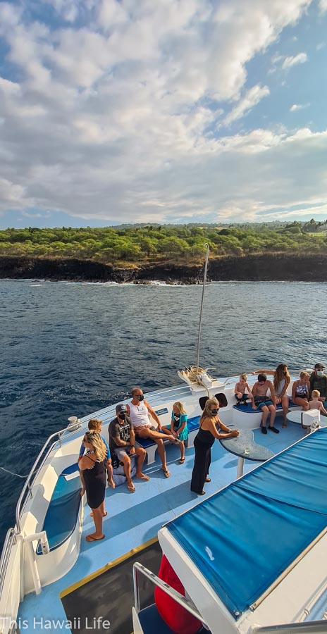 Snorkeling safety overviews at the kona snorkel cruise