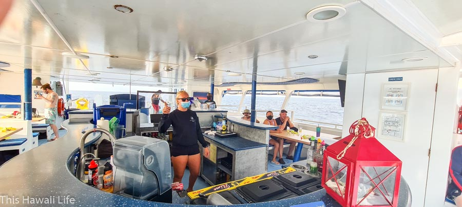 Sharing safety gestures on the snorkeling activity onboard