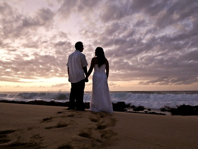 When is the best time to get married in Hawaii?