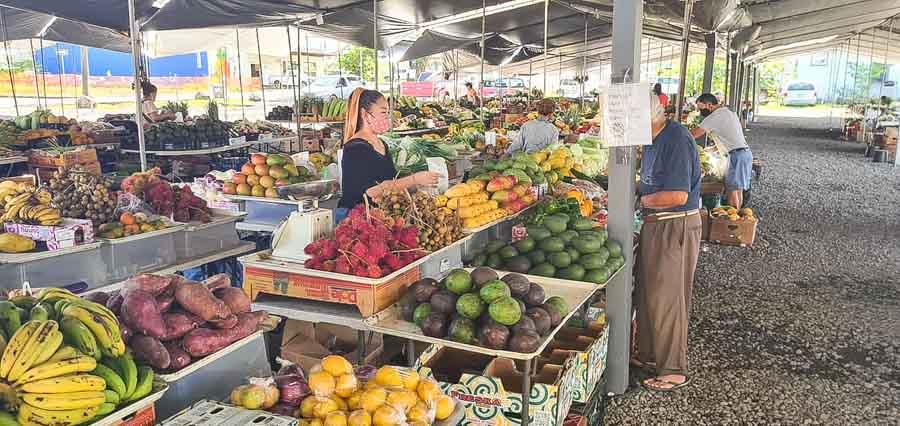 Visit Hilo's unique farmers markets