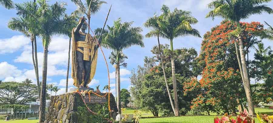 Kamehameha statue and Wailoa park