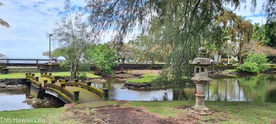 japanese details at Lili'uokalani Gardens
