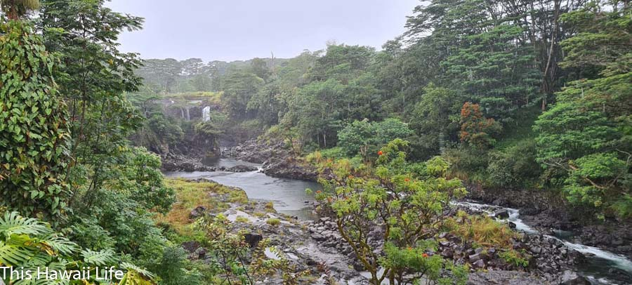More waterfalls at Pe'epe'e falls and boiling pots