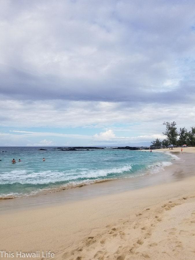 Gorgeous white sandy beaches to beachcomb at Makalawena
