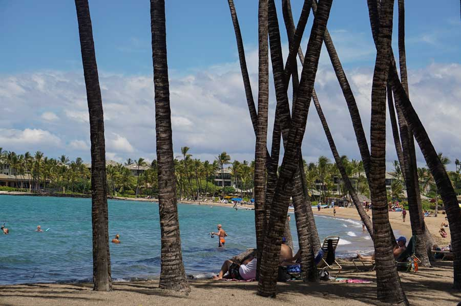 How to get to Anaeho'omalu Bay or A Bay