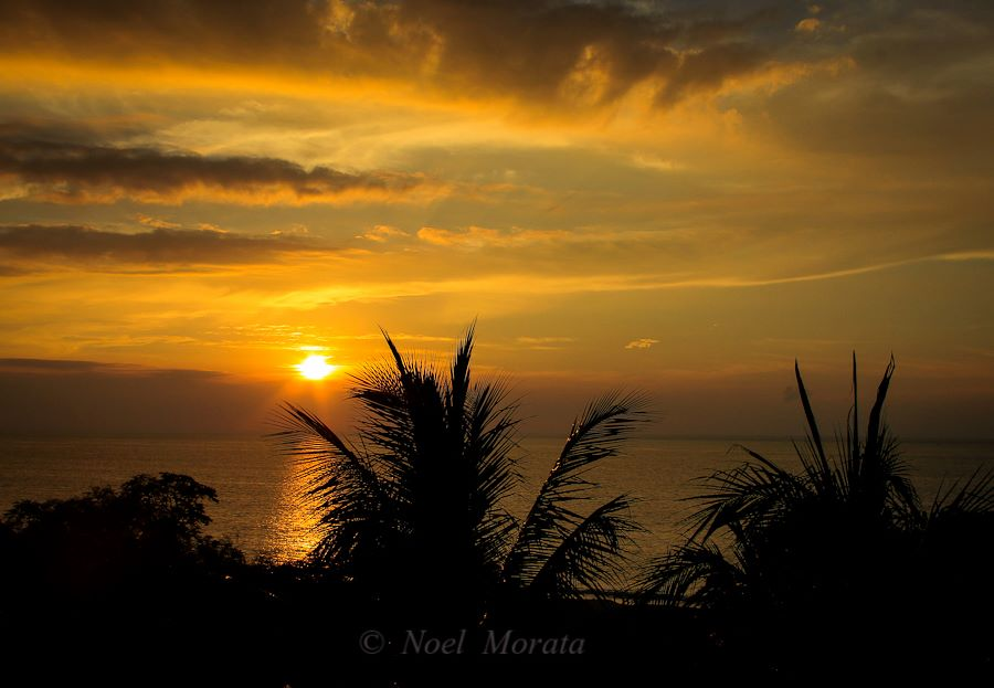 Hawaii sunsets and what makes it more spectacular and spiritual