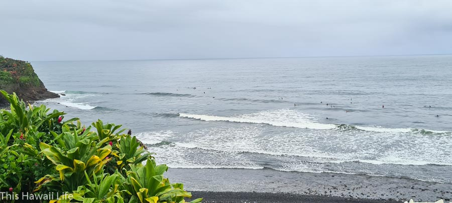 Wave action at Honolii