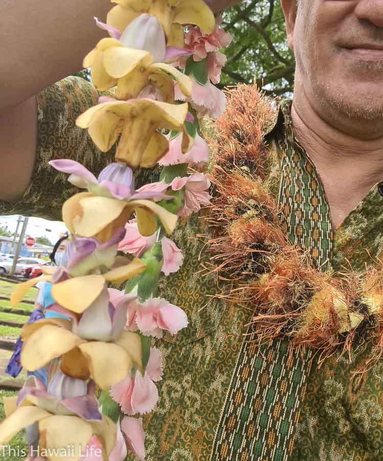 Giving Lei in Hawaii