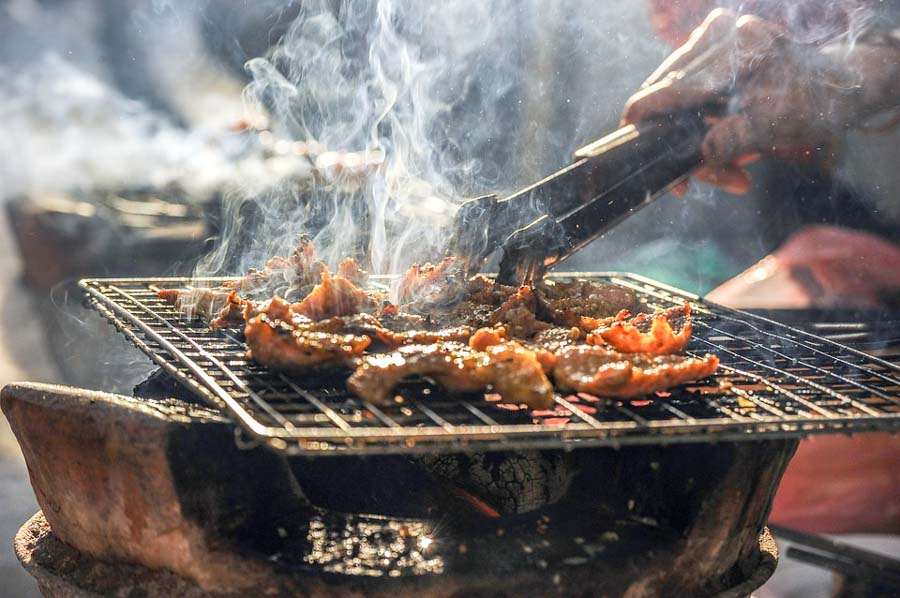What is Hawaiian Barbeque style?
