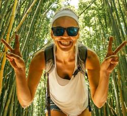 Guest Bio Jess Traveling